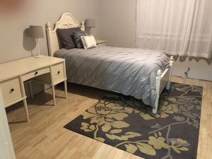 Twin bedroom set for Sale in Tacoma, WA