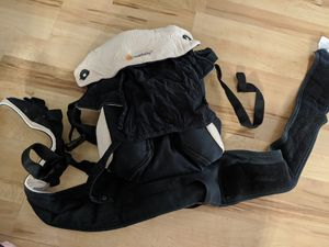 Ergo 360 Baby Carrier - Used, Very Good Condition for Sale in Arlington, VA