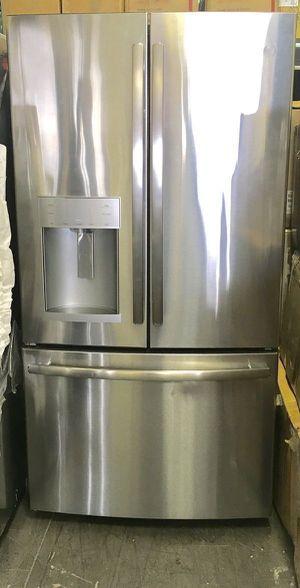 """Refrigerator Fridge Freezer Nevera Refrigerador GE 36""""W x 70""""H for Sale in Virginia Gardens, FL"""