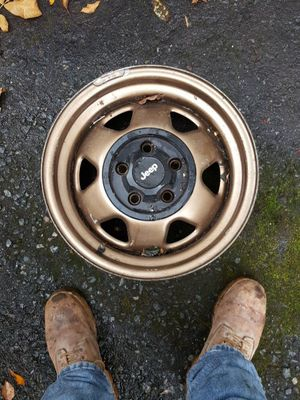 "16"" jeep rims for Sale in Weymouth, MA"
