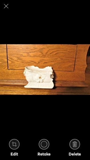 "BEAUTIFUL ELEGANT HOLLY SLEIGH--6-1/2"" LONG for Sale in Lynchburg, VA"