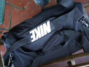 Nike duffle bag for Sale in Tampa, FL