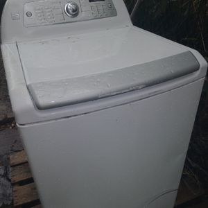 Digital Kenmore Washing Machine for Sale in Fort Walton Beach, FL