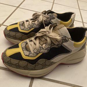 Gucci Rhyton Sneakers Sz 7 for Sale in Atlanta, GA