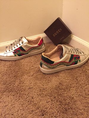 Gucci sneakers for Sale in Martinsburg, WV