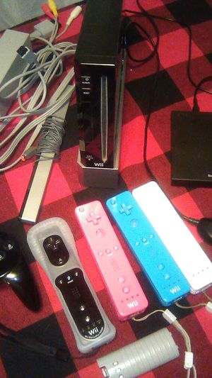 5000 total games on a Wii (build in game) for Sale in Moreno Valley, CA