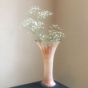 Vintage tall swirl glass vase for Sale in Huntington Park, CA