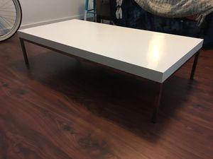 White coffee table for Sale in Austin, TX