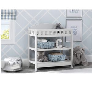 Delta White Changing Table for Sale in Glendale, CA