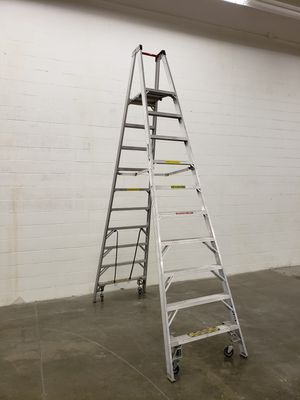 Werner 12 ft ladder for Sale in Chino Hills, CA