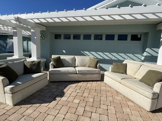 Sofa with pull out bed, love seat and chair for Sale in Clearwater,  FL