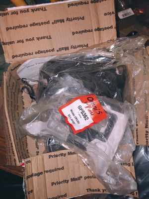 Transmission and engine mounts. And right and left control arms for Sale in Detroit, MI