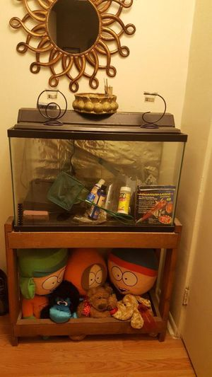 Fish tank 30 gallons for Sale in Pittsburgh, PA