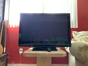42 Inch Panasonic Plasma TV Like New! for Sale in Utica, MI
