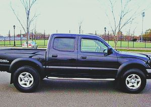 $1,4OO I'm selling urgentl 2OO4 Toyota Tacoma. for Sale in Amarillo, TX