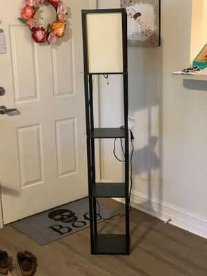 Shelf floor lamp for Sale in Hialeah, FL