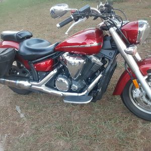07 Yamaha 1300 V Star for Sale in Columbia, SC