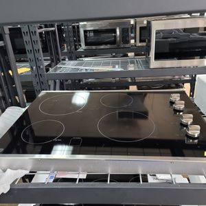 """😁 30"""" electric GE cooktop BRAND NEW can be delivered and installed for only $50 down for Sale in Houston, TX"""