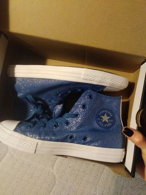 Brand new converse size 4 juniors for Sale in Severn, MD