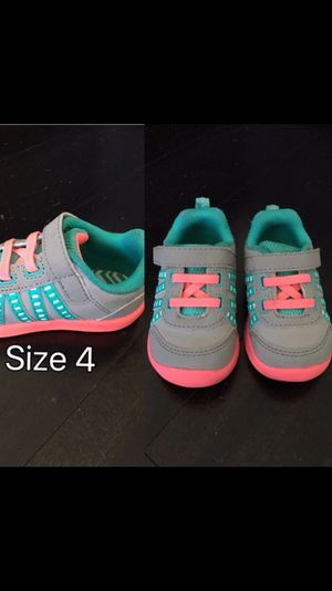 Shoes for baby girl size 4 for Sale in Miami, FL