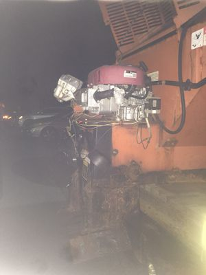 Spreader salted electric for Sale in Baltimore, MD