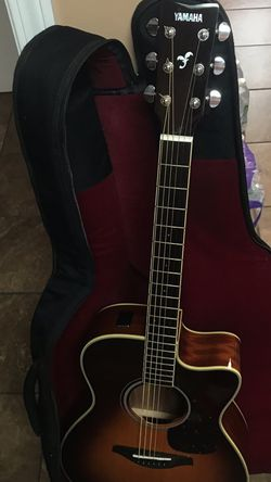 Yamaha Acoustic & Tuner Guitar (LIKE NEW NO FLAWS‼️ WORKS GOOD‼️) for Sale in Yakima,  WA