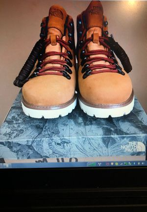 North Face Waterproof Boot Size 10 BRAND NEW for Sale in South Riding, VA