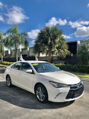 Toyota Camry 2016 for Sale in Miami, FL