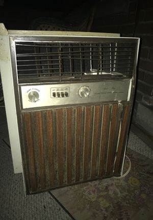 GE 8100 BTU window air conditioner for Sale in McKees Rocks, PA