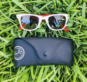 Ray-Ban Sunglasses (NEGOTIABLE) for Sale in Houston, TX
