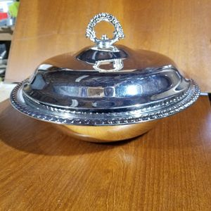 W. M. Rogers Silver Plated Serving Bowl for Sale in Burien, WA