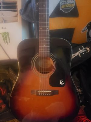Epiphone acoustic guitar w/ bag gibson for Sale in Bethel Park, PA