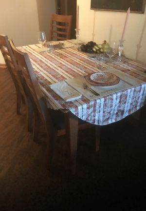 Kitchen table, chairs, plus small sofa for Sale in Minneapolis, MN