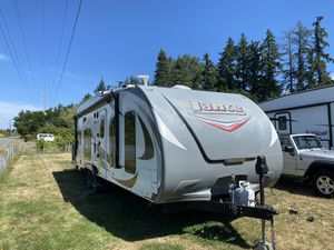 2015 lance model 2612 toy hauler for Sale in Lake Stevens, WA