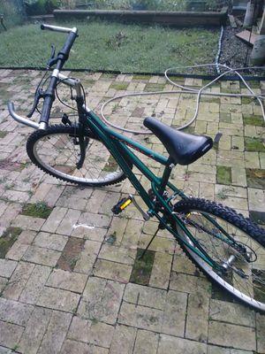 Mountain bike for Sale in Pittsburgh, PA