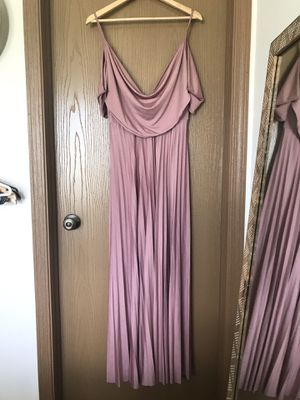 Lulus Off The Shoulder Maxi Bridesmaid Dress Blush Pink Sz 8 Medium for Sale in Muscatine, IA