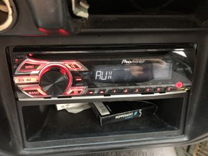 Pioneer car stereo Good conditions all working good for Sale in Alexandria, VA