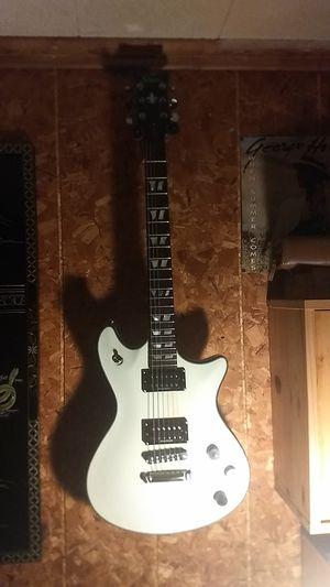 Electric guitar for Sale in Manassas, VA