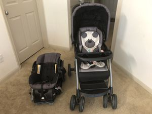 Baby trend car seat and stroller combo for Sale in Houston, TX