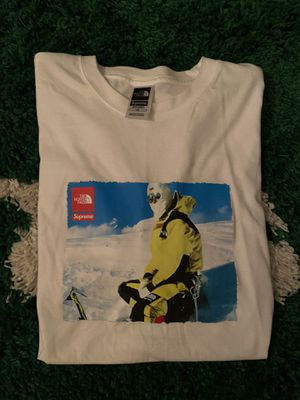 Supreme North Face photo tee for Sale in Lynwood, CA