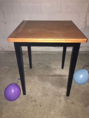Wooden table 3 stools for Sale in Columbus, OH