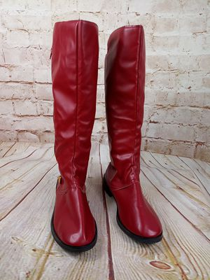Boots for lady snow. 7.5 size red for Sale in Olympia, WA