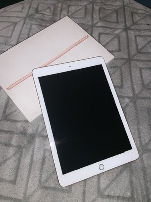 Apple iPad 6th generation for Sale in Los Angeles, CA