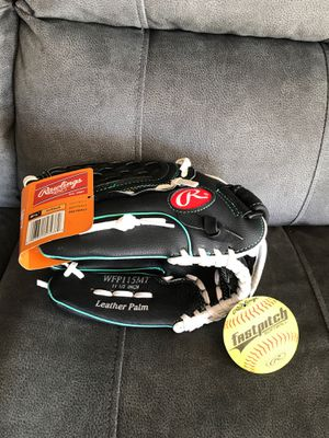 RAWLINGS FASTPITCH LEFTY SOFTBALL GLOVE for Sale in Rialto, CA