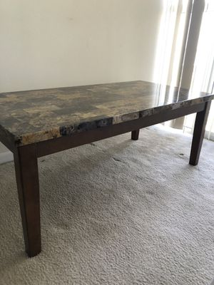 Gently used coffee table set for Sale in Miami Beach, FL
