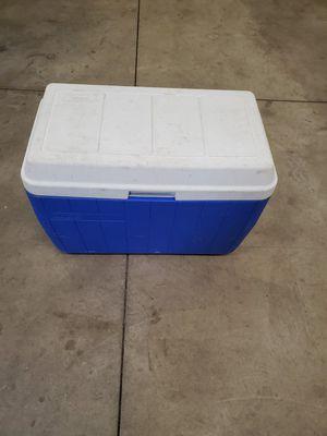 Coleman 48 quart cooler for Sale in Joliet, IL