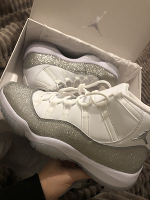 Jordan 11 Metallic for Sale in Oakland, CA