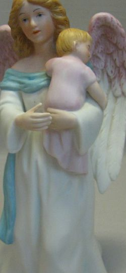Bisque Porcelain Homco Figurine Statue Angel Holding Baby Home Interiors #1434 for Sale in Mobile,  AL