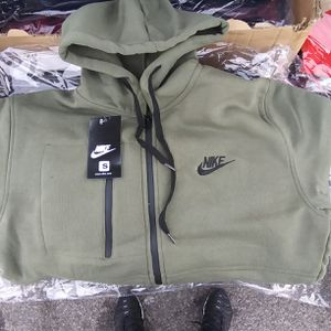 Nike suits for Sale in Philadelphia, PA
