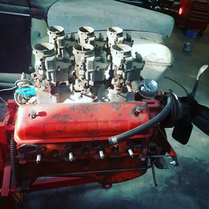 1950s FORD 312 Y BLOCK WITH EDELBROCK 6 CARB SET UP!! 1100$ for Sale in Gardena, CA